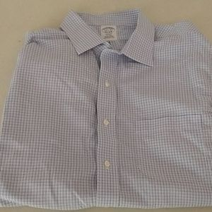 Brooks Brothers 171/2-33 non iron 100% cotton